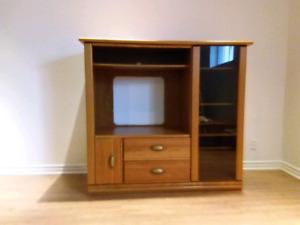 Meuble télé avec rangement en bois massif URGENT, doit partir !