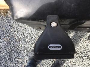 Barre de toit pour Mazda 3 (d'origine) et boite de toit