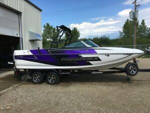 2016 Moomba Mojo (only 46 Hours)