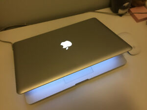 "MacBook Pro 15"" Mid 2010, Core i5, 2.4Ghz, Good condition"