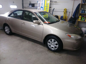 2003 Toyota Camry LE Sedan  ONE OWNER LOW LOW KMS