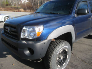 2006 ToyTacoma Tk 4x4 sold AS IS 4X4 MILES155000 salvage permit