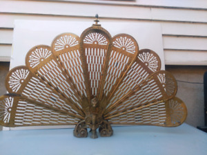 Brass folding fireplace screen