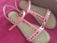 Clarks pink sandals - 6 1/2 - new