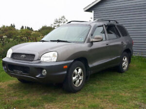 2004 Hyundai Santa Fe 4x4 SUV, Crossover safety is good!