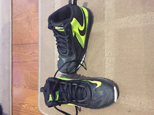 Nike basketball shoes Peterborough Peterborough Area image 1