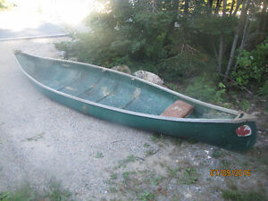 16' Fiberglass Great Canadian Canoe