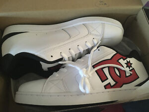 BRAND NEW DC SHOES FOR SALE NEVER BEEN WORN