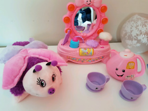 Girly toy lot