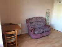 One double bedroom flat to rent in West Cliff