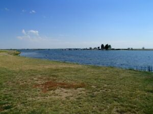 UNRESERVED AUCTION - 26 RECREATIONAL LAKE LOTS - LAKE NEWELL, AB