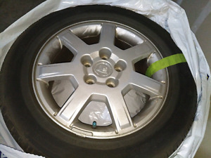Cadillac CTS 2003-2007 OEM rims with tires