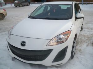 2011 Mazda3 Hatchback 4cylinder with Remote Starter