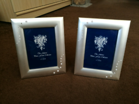 2x Silver Jewelled Photo Frames