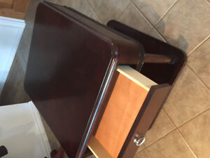 Beautiful end end table or coffee table