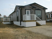 Gorgeous Brand New Showhome with Immediate Possession!