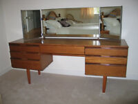 Dressing Table with mirrors, teak wood coloured finish, very good condition.
