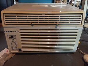Window air conditioner 8000 BTU
