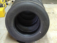 225/70/22.5 XD2 (Michelin) Drive Tires-tractor trailer