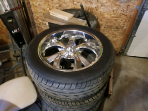 "Tires and rims 22"" 6×139.7  305/45R22"