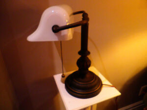 Classic Desk Lamp! Solid! Timeless Design!