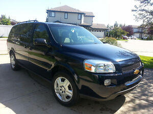 Perfect family 2006 Chevrolet Uplander Minivan with lots of extr
