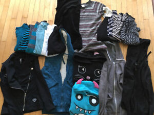 LOT DE 98 VÊTEMENTS FILLE 10-12 ANS