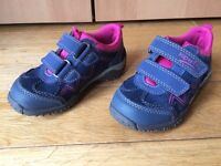 Girls Superfit Trainers Size 24 - Hardly Used