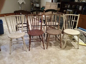 8 Wooden Chairs (Old) - REDUCED!! Kawartha Lakes Peterborough Area image 3
