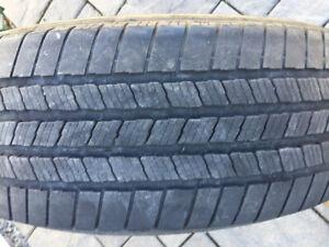 A vendre pneus Michelin