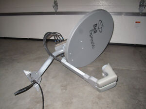 Bell satellite dish with SW44 switch Kitchener / Waterloo Kitchener Area image 1