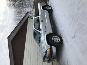 2001 Dodge Dakota Sport Pickup Truck