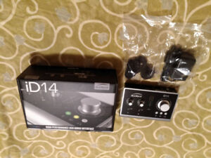 Audient ID14 Professional Audio Interface USB 10 in/4 out