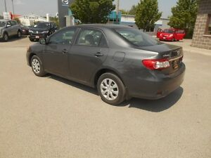 2013 Toyota Corolla  CE Peterborough Peterborough Area image 4