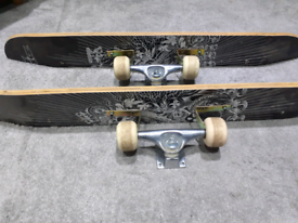 Upcycled Skateboard Shelves (2)