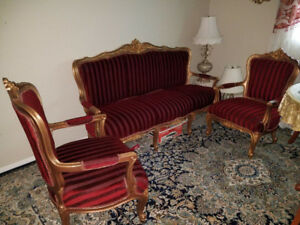 GOLDEN SOLID WOOD VICTORIAN LIVING ROOM SET