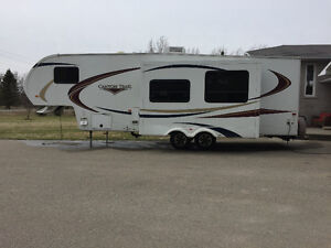 2012 1/2 ton towable fifth wheel cayon trail trailer
