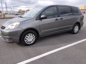 2004 Toyota Sienna CE 7 Seater $3800 OBO
