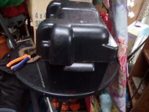PLASTIC BATTERY BOX FOR BOAT-CAR- TRUCK-ETC-ETC--ONLY 10.00