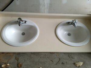3 Bathroom vanities and faucets for immediate sale