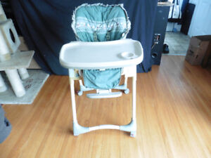 High chair with multiple heights and adjustable positions