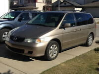 Very Clean Reliable Gold Honda Odyssey EX-L Excellent Condition