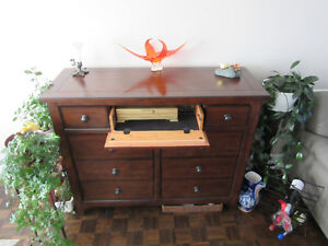 Beautiful Ashley Man's Dresser or Dining Room Hutch Gatineau Ottawa / Gatineau Area image 2