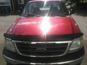 2003 Ford F-150 XL Fourgonnette, fourgon