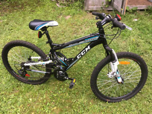 CCM Static Youth Dual Suspension Mountain Bike