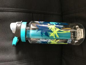 Cool Gear freezable water / drink bottle NEW unused
