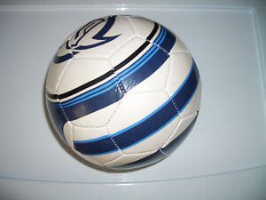 "SOCCER ball ---- """"Mission """" --- excellent condition, near new"