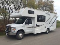 2011 THOR Four Winds Majestic 23A