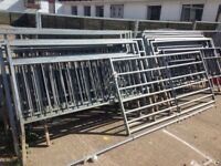 6.5ftx4.5ft galvanised fence sections