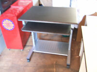 Computer Desk ********** ONLY $12